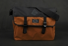 Billabong Range Tasche Tobacco