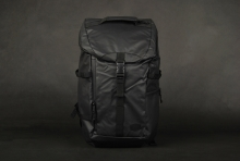 Globe Shadow Black Rucksack
