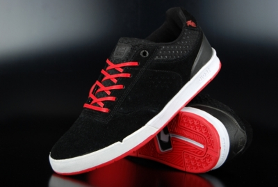 Globe The Odin S2 Black/Red Skaterschuhe